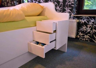 Schlafzimmer-deckend-weiß-endlackiert-4