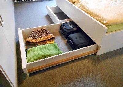Schlafzimmer-deckend-weiß-endlackiert-5