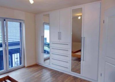 Schlafzimmerschrank-weiß-endlackiert-2